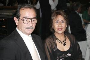 Gerardo Camarillo y Betty Camarillo.