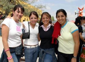 Gladis Orozco Ramírez, sujhet Tovar, Nancy Valdés y Marichú Quezada.