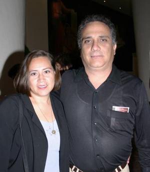 María del Socorro A. y Tomás G. González.