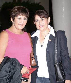 Mercedes Morales y Carolina Morales.