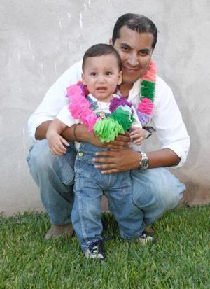 Roberto Rivas Macías con su sobrino Santiago Rivas Macías.