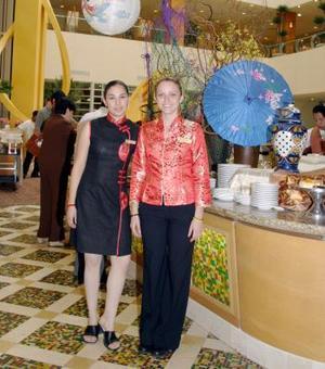 Alejandra Velasco y Fritzia Mayet.