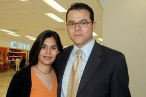 <u><i> 19 de octubre de 2004</u></i><p>  Rocío Reyes viajó a Toluca, la despidió Mauricio Rivera.