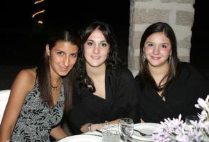 Luisiana Campos Berlanga, MAry Carmen Berlanga y Alicia Jaidar.