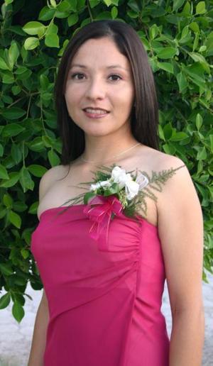 <u><i> 22 de octubre de 2004</u></i><p>  Yazmara Vargas Sosa disfrutó de una primera despedida de soltera.