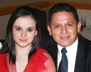 Adriana de Ortiz y Manuel Ortiz.