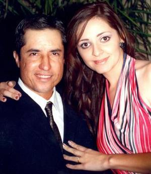 Eduardo Ávila García y Alina Yein Chiu Chávez.