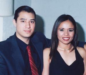 Gustavo Adolfo Gutiérrez Zataráin y Adriana Viramontes Acosta.