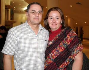 Juan Pablo Izaguirre y Leticia von Bertrab de Izaguirre.