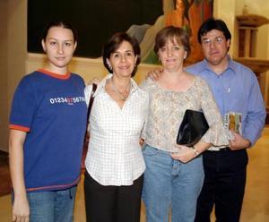 Lucila Navarrete, Lucila T. de Navarrete, Marina L. de García y Alejandro García Cervantes.