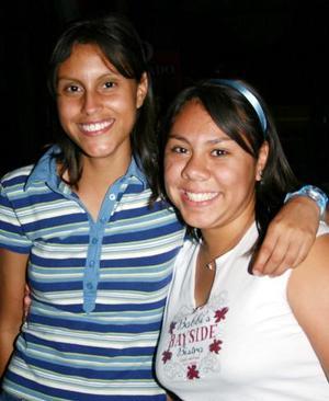 Karla  Facio y María de Facio