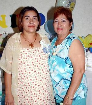 Elvira del Pilar Rojas Prieto disfrutó de una fiesta de canastilla, para el bebé que espera.