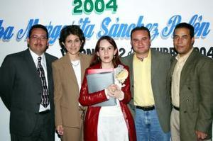 Elba Margarita Sánchez en compañía de Héctor Huerta, Bertha Rivera, Everardo Ramírez y Gerardo Campillo.