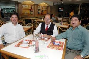 Rafael García Ibarra, Salvador Laguna Macías y Mario Moreno Ibarra