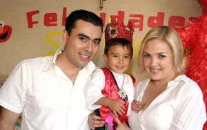 Gustavo Juárez y Adriana González de Juárez festejaron a su pequeño Santiago Juárez González por su segundo compleaños