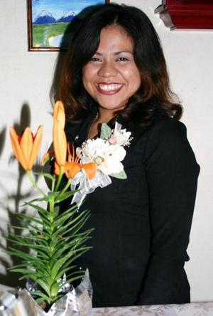 Karina Berenice Guzmán Rodríguez, captada en su despedida de soltera.