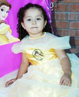 La pequeña María Fernanda Manjarrez Saucedo disfrutó de un festejo, con motivo de su tercer cumpleaños.
