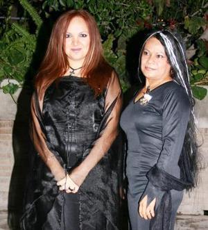 Aída Arenas y Jessika Torres arenas.