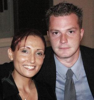 <u><i> 02 de noviembre de 2004</u></i><p>  Sandra Cuevas y Ryan White.