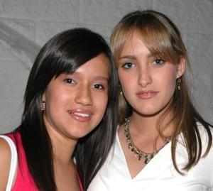 <u><i> 05 de noviembre de 2004</u></i><p>   Cristy Ortiz y Ale Izaguirre.