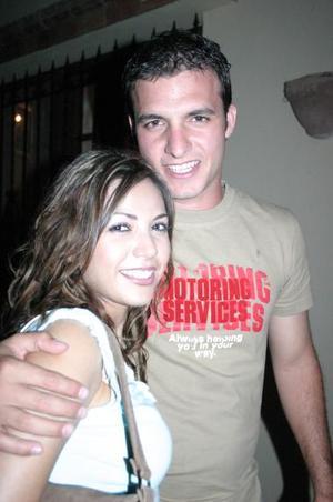 Paola Guerrero y Antonio Chaúl.