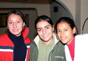 Karina Aldape, Cristina Sandoval e Irene Ramírez.