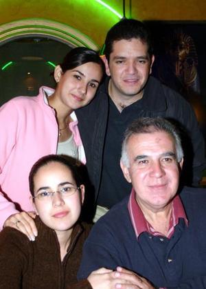 Montserrat Galicia, Omar Jalife, Pedro Galicia y Nuria Galicia.
