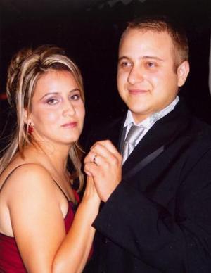 <u><i> 07 de noviembre de 2004</u></i><p>  Diego y Rocío Segura Delgado