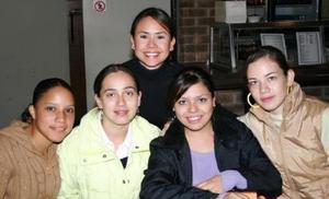 Ana Lucía, Isabel, Érika, Mariana y Gaby