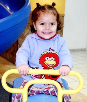 La pequeña Ximena Valdez Sotomayor, en pasado festejo infantil.
