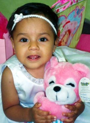 Victoria Yvett Salazar Peña, captada el día que festejó su primer año de vida.