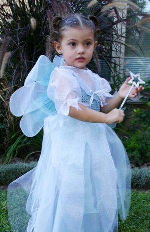<u><i> 09 de noviembre de 2004</u></i><p>  La pequeña Mariana Montellano Chávez, captada en reciente festejo infantil.