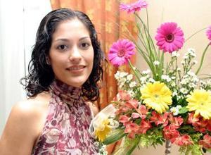 <u><i> 12 de noviembre de 2004</u></i><p>   Marcela Valdés Castaños contrajo matrimonio con Ángel Lagarda Espinosa.