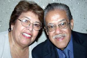 <u><i> 11 de noviembre de 2004</u></i><p> Juan Martínez y Ana de Martínez celebraron su 40 aniversario de bodas