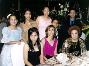 Denisse, Michel, Paloma, Roberto, Héctor, Alejandra  Araceli