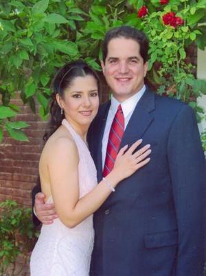 <u><i> 13 de noviembre de 2004</u></i><p>  Lucía Ortega y Jesús Javier Campos Escobedo