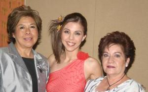 <u><i> 13 de noviembre de 2004</u></i><p> Marisol Medina Rodríguez contraerá nupcias con Omar Herrera
