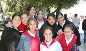 Karla Sandoval Janeth García, Paola Salazar, Denise Carrillo Mónica Ortega , Astrid García y Natalia Rivera