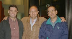 <u><i> 13 de noviembre de 2004</u></i><p> Jorge Máynez, Efraín Rocha y Juan Carlos Rodríguez
