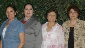 Irma Morales, Rosy de Armendáriz y Bety Ramírez