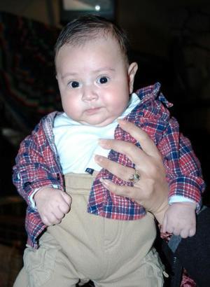 El pequeño Eduardo Saucedo Acevedo