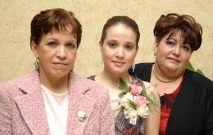 Ana Cristina Soler de de la Vega junto a Norma Soler y Laura de Rodríguez