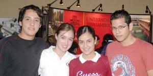 Héctor Gramillo, Daniela Macías, Bárbara Treviño y Gustavo Aguirre