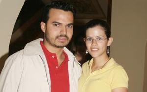 Javier Dávila y Roberta Cárdenas