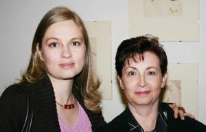 Cristina Treviño y Laura Díaz de Treviño