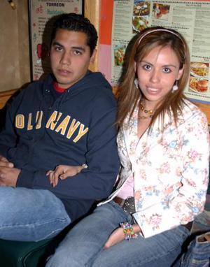 Óscar Aguirre y Etefanía Hernández