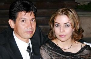 Elio Enriquez y Consuelo Orózco