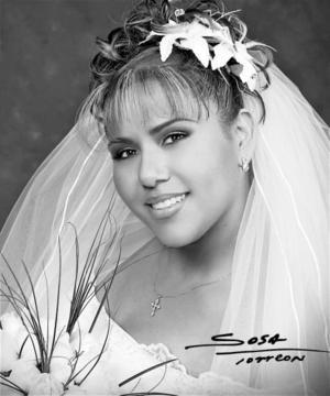 C.P. María Teresa Gutiérrez Encino unió su vida en ceremonia religiosa a la del Sr. Víctor Ramos González