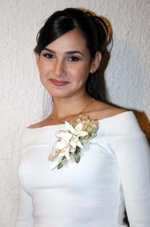 <u><i> 15 de noviembre de 2004</u></i><p>  Monserrat Galicia González captada en la despedida de soltera que le ofrecieron por su cercano matrimonio con Omar Jalife.