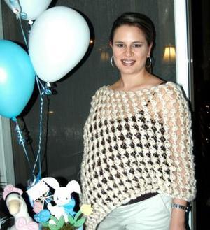 Alejandra Galván de Humphrey fue homenajeada con una fiesta de canastilla por el bebé que espera